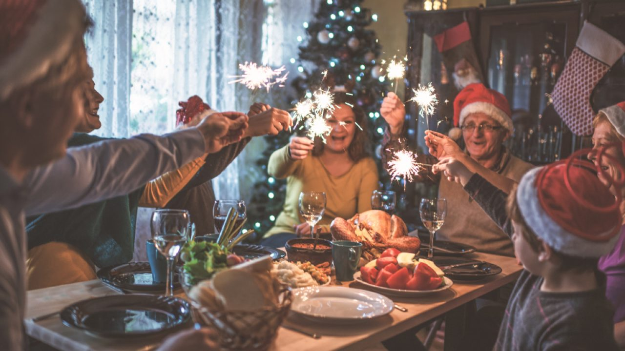 Christmas Dinner Party.Tips For Making Your Christmas Dinner Party A Huge Hit