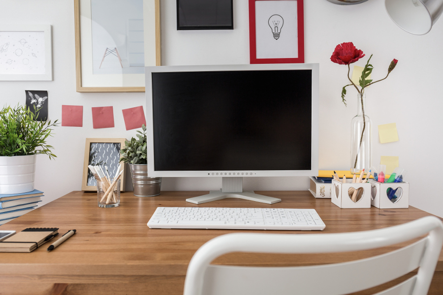 how to organize your desk at work berry chatty