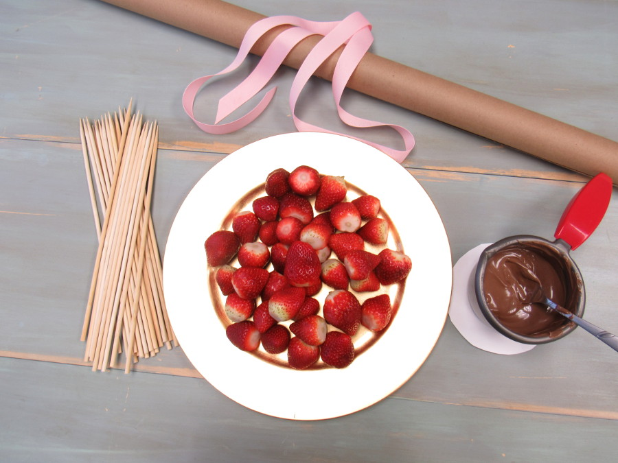 How To Make A Chocolate Covered Strawberry Bouquet Berry Chatty