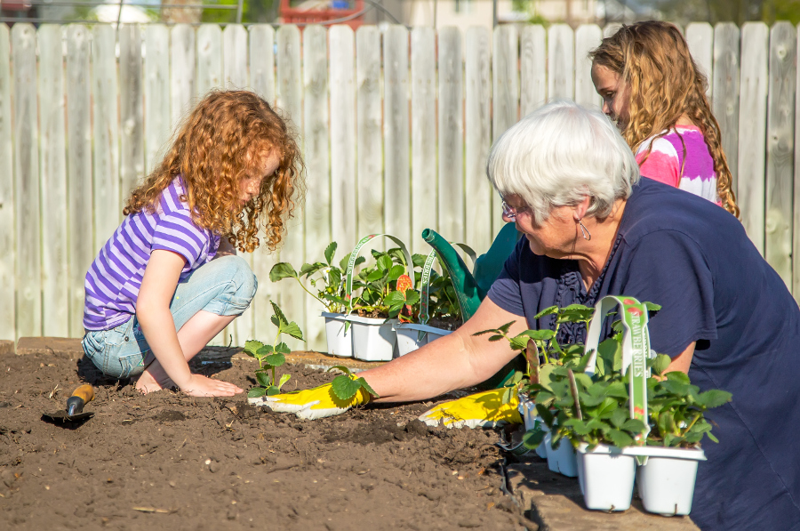 Most People Just Donu0027t Know How To Get Started. So Whether Youu0027re Planting  In A Pot Or A Plot, Here Are A Few Things Every First Time Gardener Should  Know.