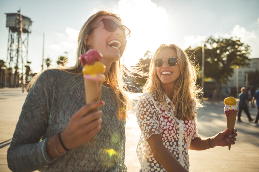 25 Ways To Celebrate National Friendship Day Berry Chatty