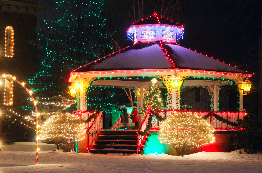 Top Small Town Holiday Festivals Around The Country Berry Chatty